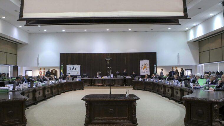 Órgão Especial do TJPR aprova anteprojetos que descumprem liminar do CNJ